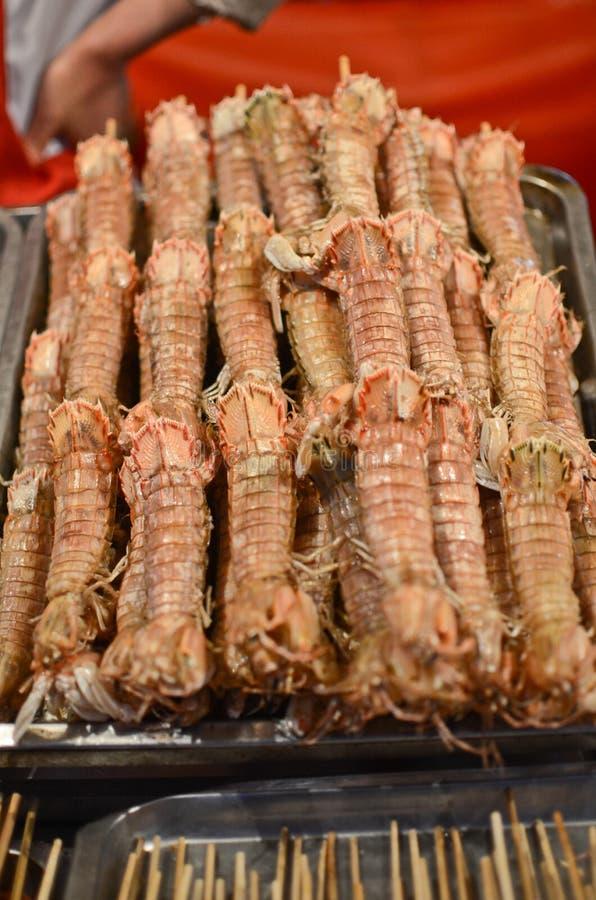 Comida exótica en Pekín foto de archivo. Imagen de grilled - 39722456