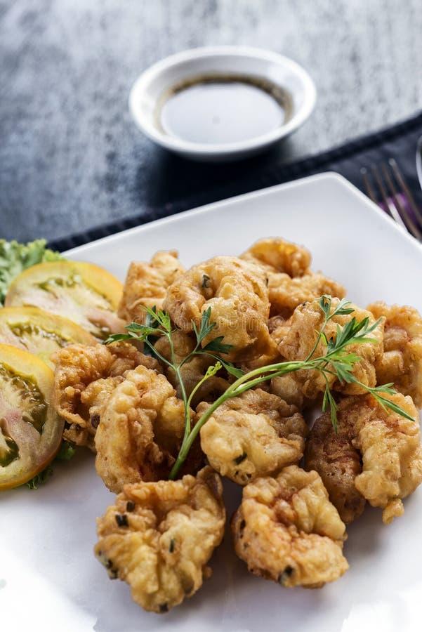 Comida frita tempura fresco del arrancador de la gamba foto de archivo libre de regalías