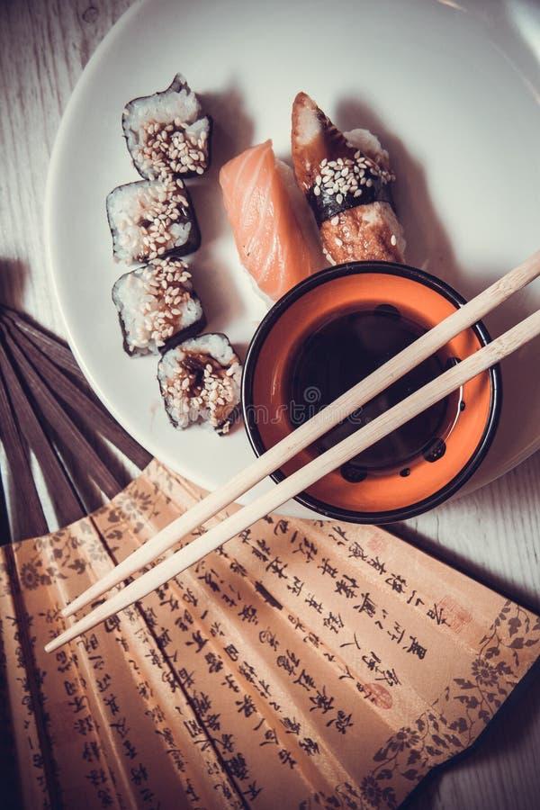 Comida japonesa: rollos foto de archivo libre de regalías