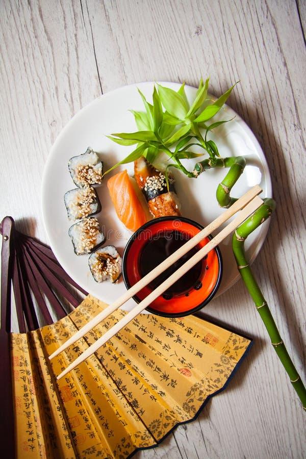 Comida japonesa: rollos fotografía de archivo