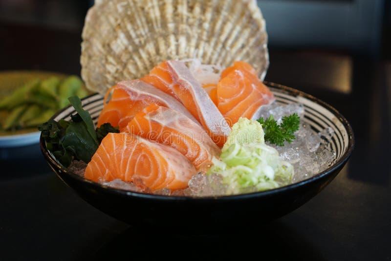 Comida japonesa - Salmon Sashimi imágenes de archivo libres de regalías