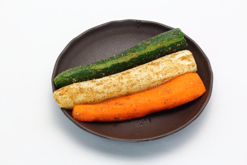 Comida japonesa, Tsukemono, verduras conservadas en vinagre japonesas imagen de archivo