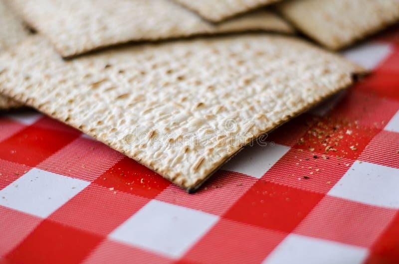 Comida judía tradicional, Matzoth o matza fotos de archivo libres de regalías