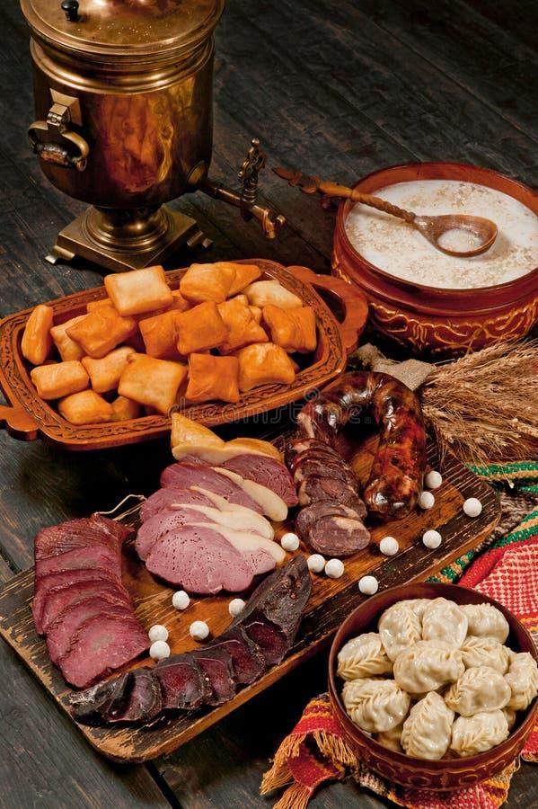 Comida nacional del Kazakh, dastarkhan, tradición de la hospitalidad imágenes de archivo libres de regalías