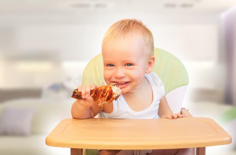Comida para bebê? Não! fotos de stock royalty free