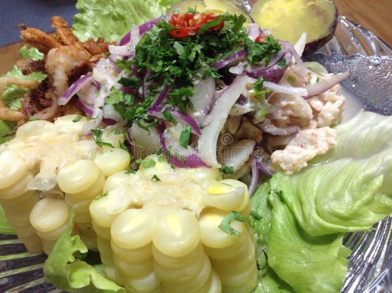 Comida peruana del ceviche imagenes de archivo