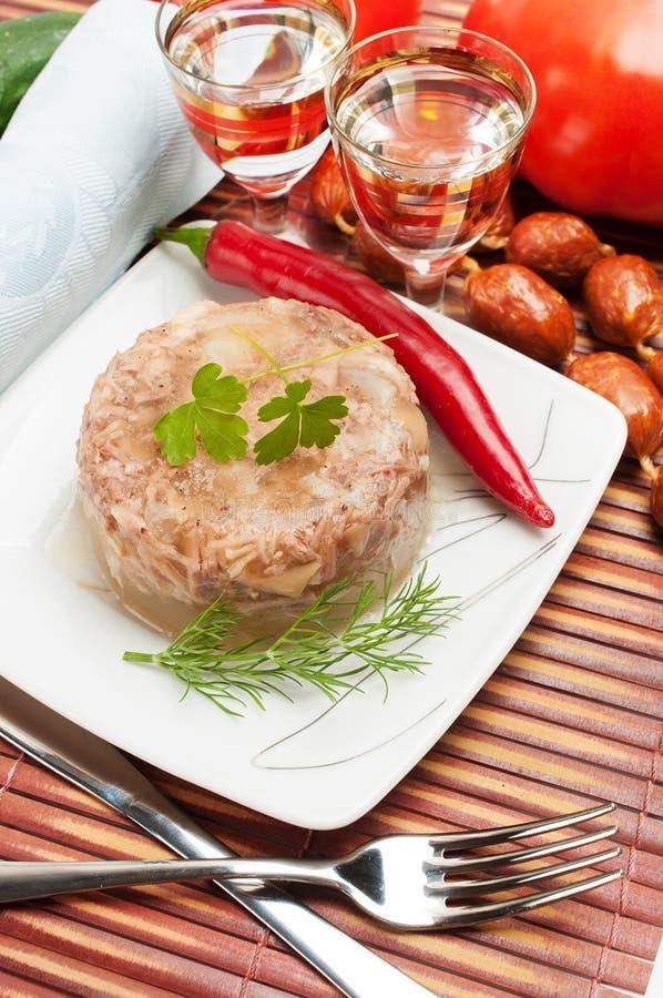Comida rusa tradicional. Jalea de la carne del áspide foto de archivo libre de regalías