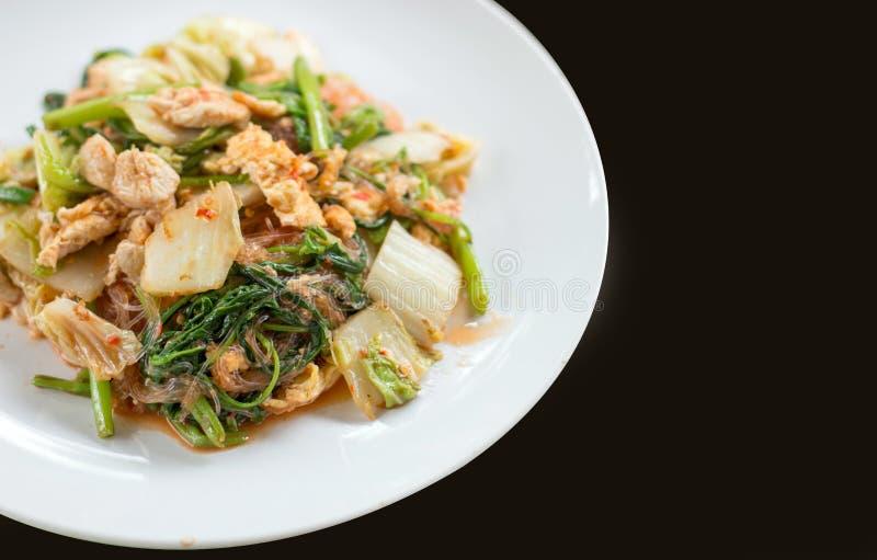 Comida tailandesa del yaki seco del suki en plato imagenes de archivo