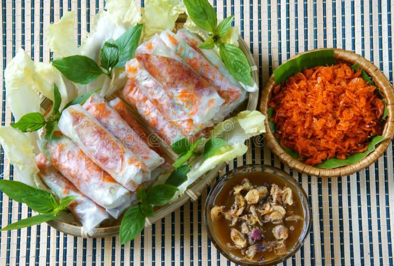 Comida vietnamita, bia de BO fotografía de archivo