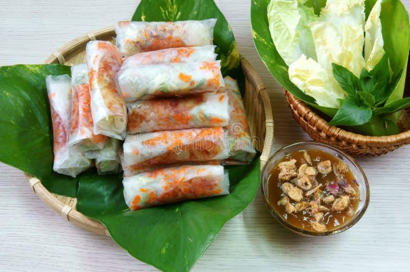 Comida vietnamita, bia de BO fotos de archivo