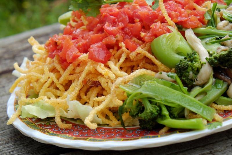 Comida vietnamita, consumición vegetariana foto de archivo