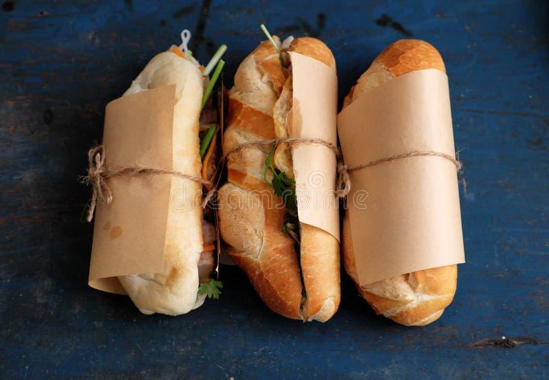 Comida vietnamita de la calle, thit del MI del banh imagen de archivo