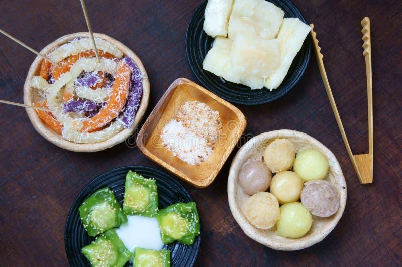 Comida vietnamita de la calle, torta dulce fotos de archivo