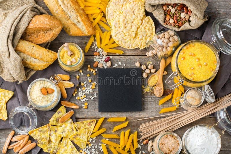 Comida y harina libres, almendra, maíz, arroz, garbanzo del gluten imágenes de archivo libres de regalías