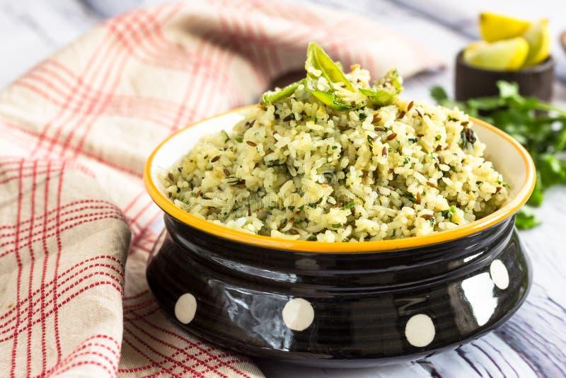 Cominhos e arroz Flavored coentro imagens de stock royalty free