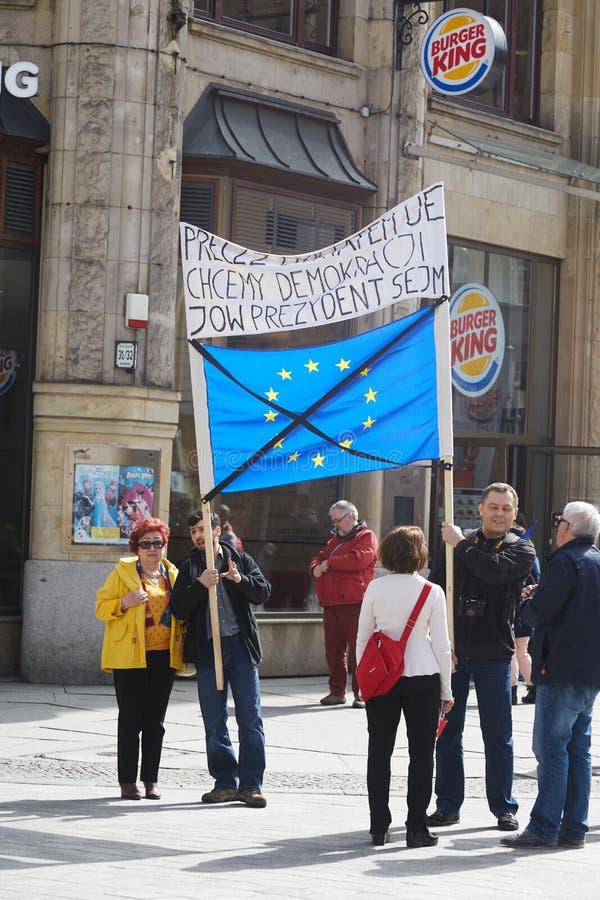 Comitato per la difesa dei sostenitori di democrazia che protesta a Wroclaw immagine stock libera da diritti