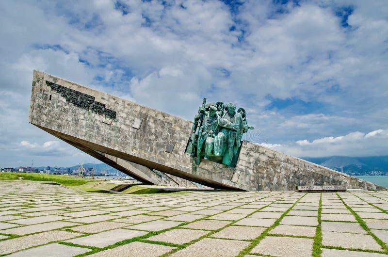 ` Commémoratif de Malaya Zemlya de ` Soldats de la cavalerie le 4 février 1943 closeup Ville de héros de Novorossiysk mémoire 9 m photographie stock