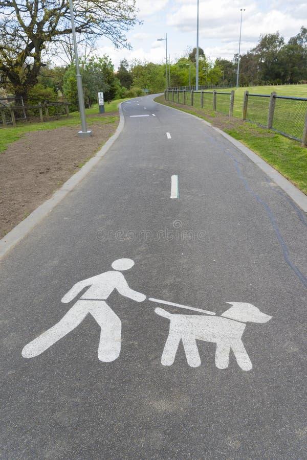 Commandez votre signe comportemental de chien image libre de droits