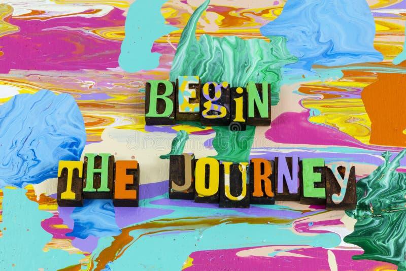 Commencer le voyage aventure voyage vacances de voyage profiter de la vie image stock