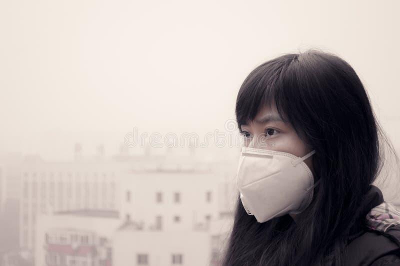 Comment faire face à la pollution atmosphérique photo libre de droits