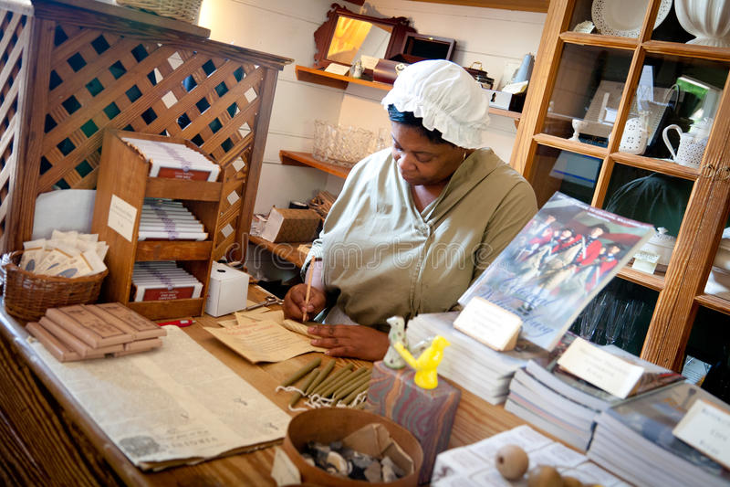 Commerçant colonial de Williamsburg image libre de droits