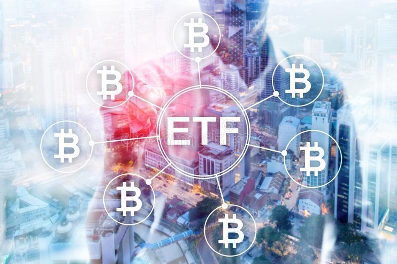 Commerce de cryptocurrency de Bitcoin ETF et concept d'investissement sur le fond de double exposition illustration stock