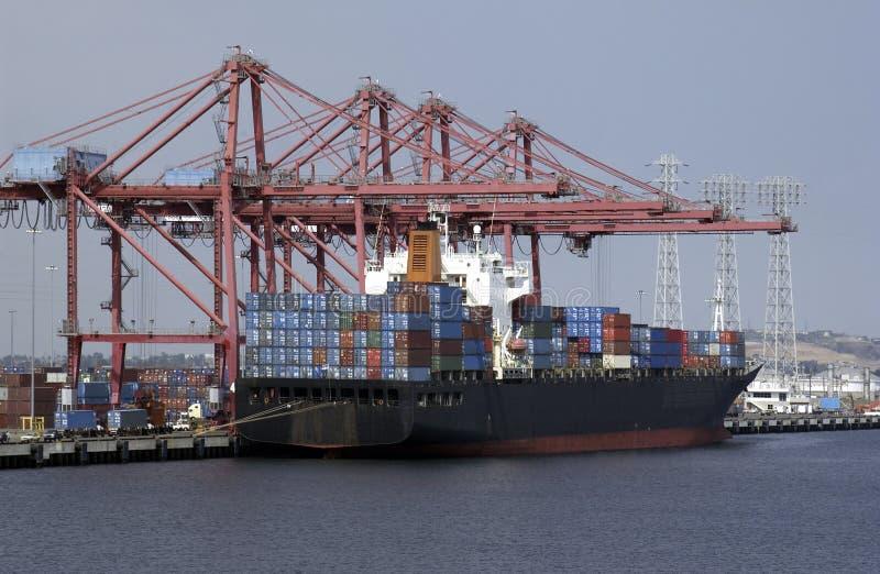 Commerce international - navire porte-conteneurs photographie stock libre de droits
