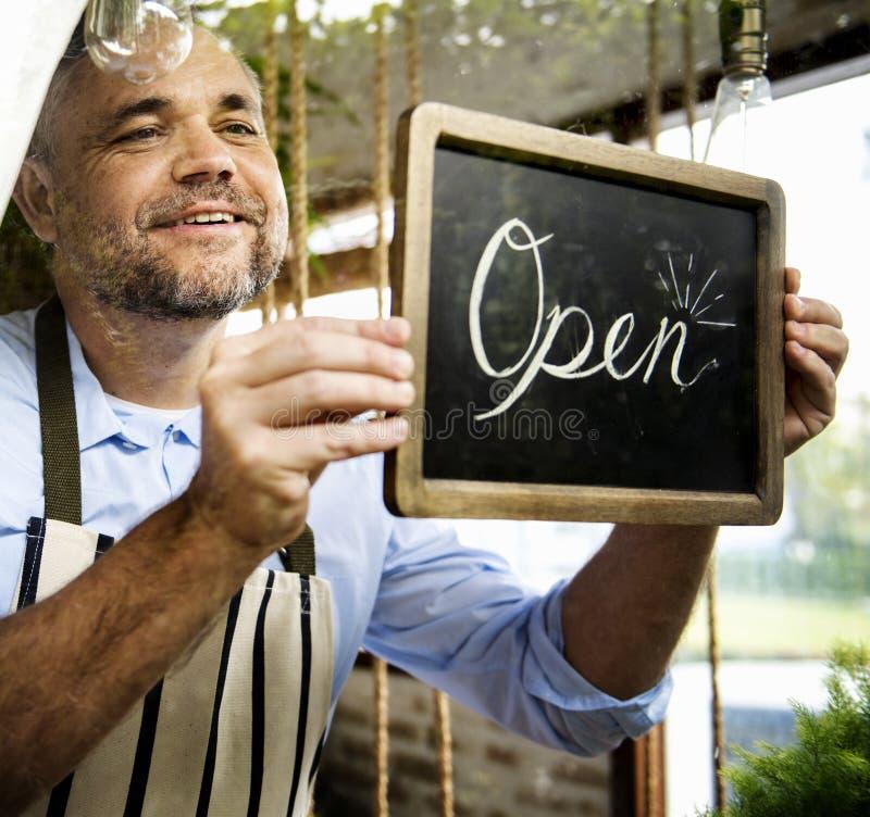 Commerce ouvert d'affaires de vente de magasin de magasin de détail photos libres de droits