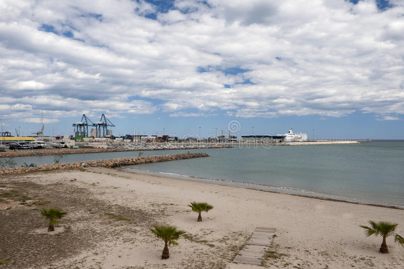 Download Commercial Quay Alicante stock image. Image of mediterranean - 24576557