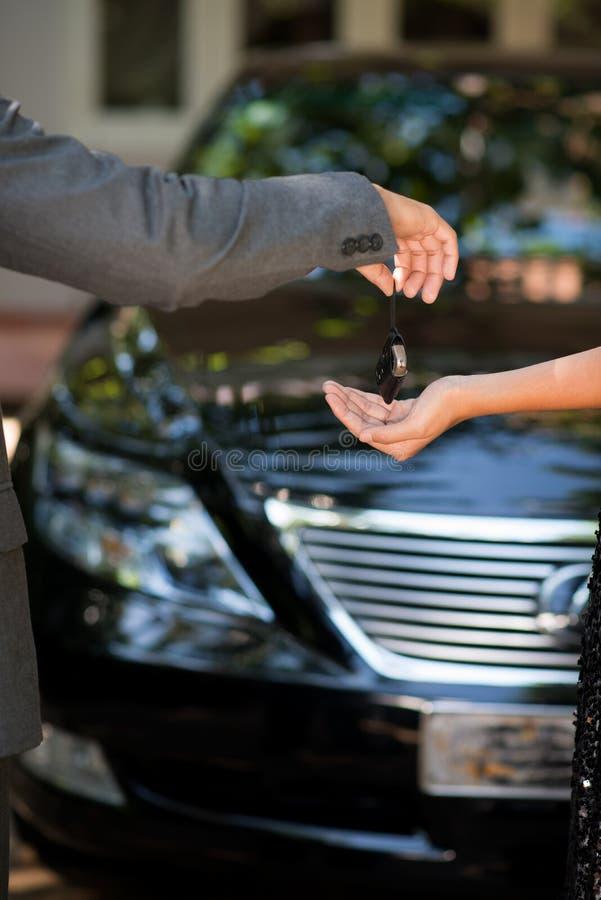 Commerciante di automobile fotografia stock libera da diritti