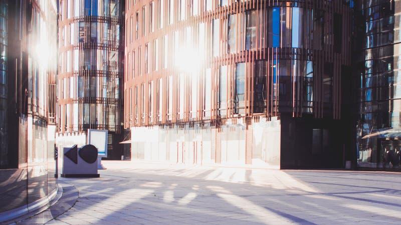 Commercieel centrum, de moderne bedrijfsbouw royalty-vrije stock fotografie