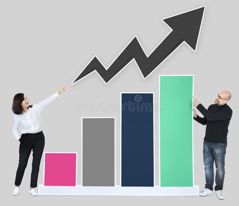 Commercieel team met een het groeien grafiek vector illustratie