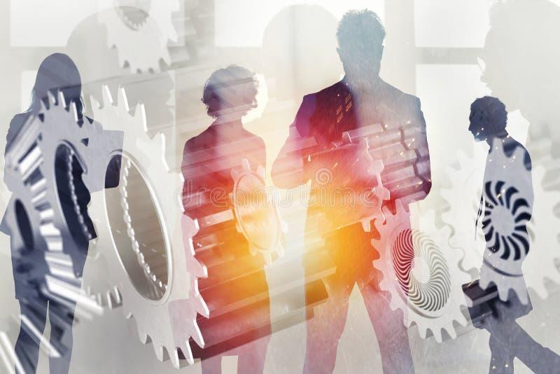 Commercieel team met toestellensysteem Groepswerk, vennootschap en integratieconcept Dubbele blootstelling stock foto's