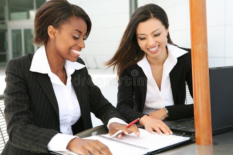 Commercieel Team (Nadruk op Afrikaanse Vrouw) stock foto