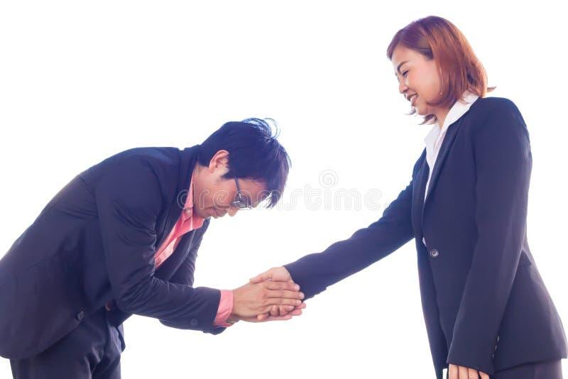 Commercieel team om handen te schudden om zaken samen te doen witte rug royalty-vrije stock afbeelding
