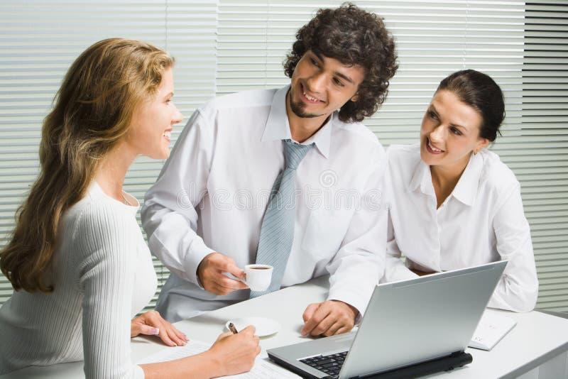 Commercieel team op vergadering royalty-vrije stock foto