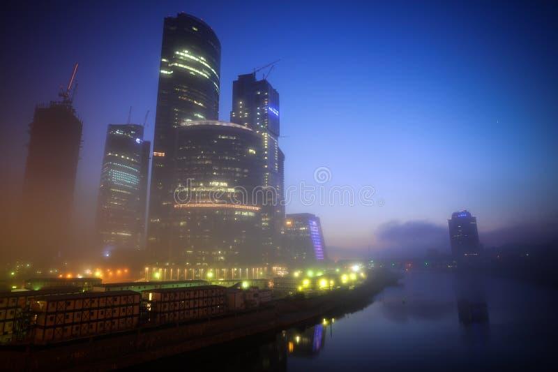 Commercieel van Moskou centrum bij nacht royalty-vrije stock foto's