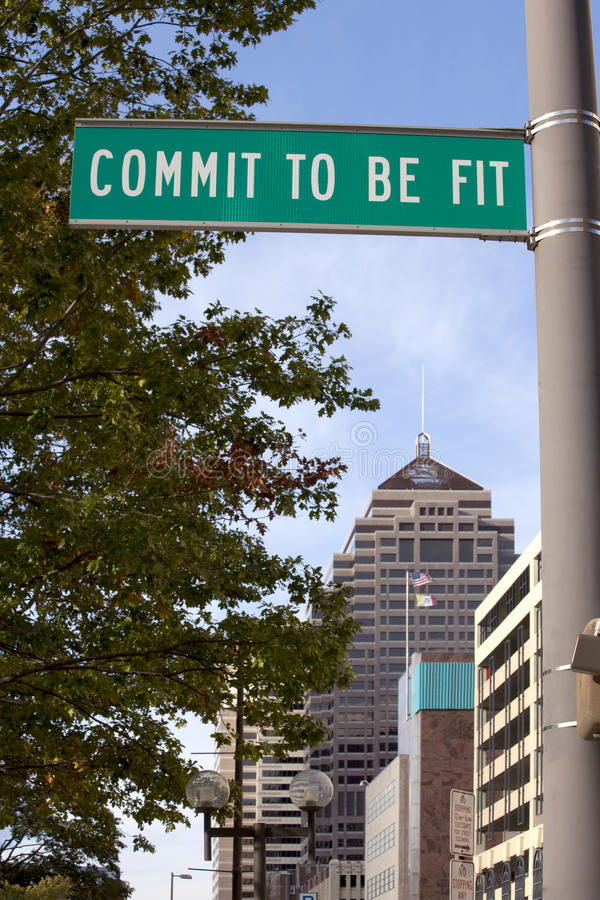 Free Commit To Be Fit Sign Royalty Free Stock Images - 16585799