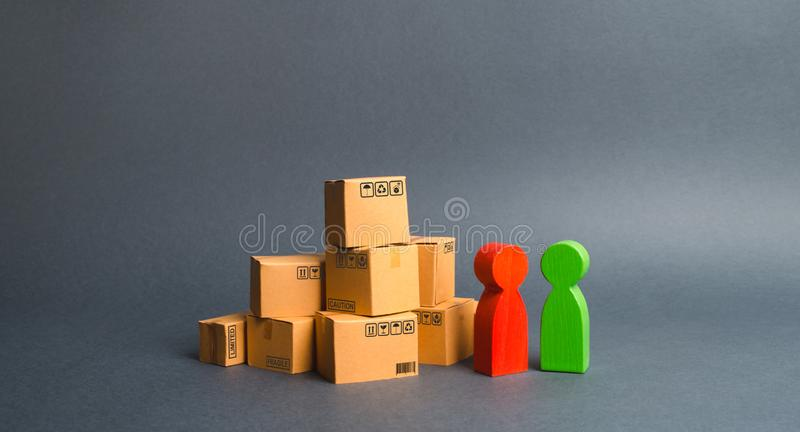 Communication between the buyer and the seller, or between the manufacturer and the retailer. Discussion of the terms. Of the transaction, the purchase of goods stock image