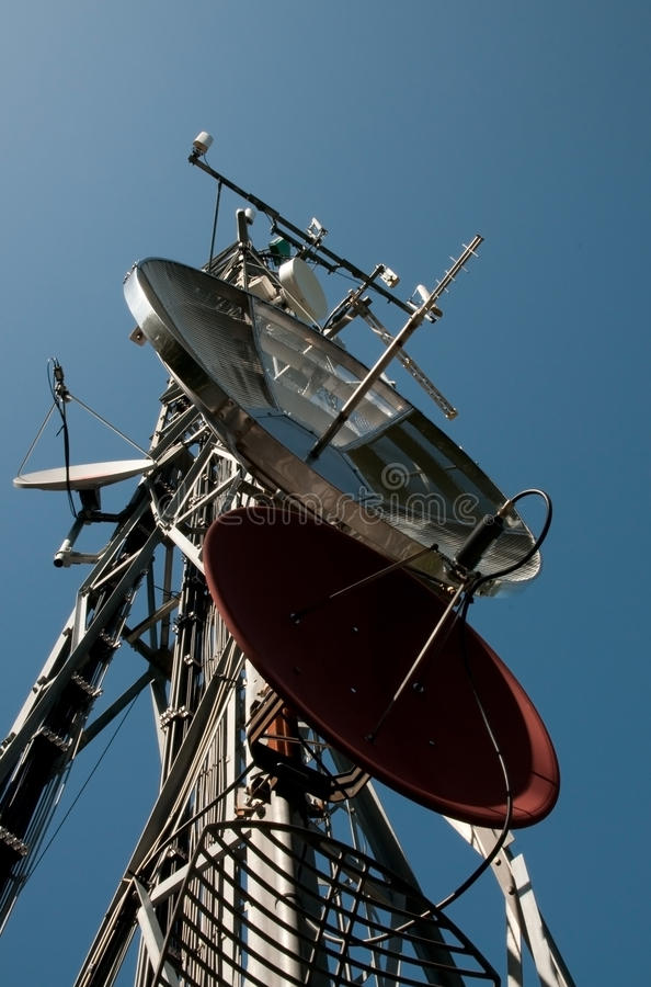 Free Communication Tower: Gsm, Umts, 3G And Radio Royalty Free Stock Photos - 10736018