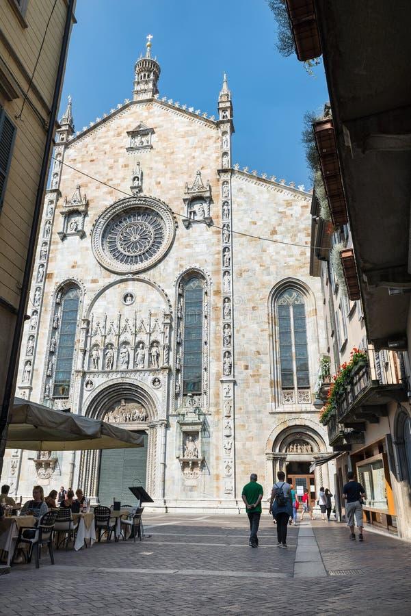Como, северная Италия - 9-ое июня 2017: Исторический центр городка Como стоковое изображение