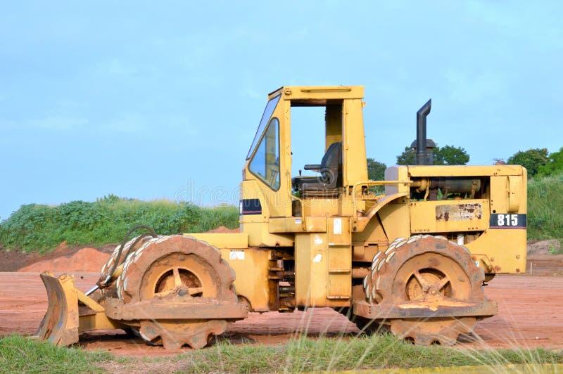 Compactor 815 почвы гусеницы стоковые изображения