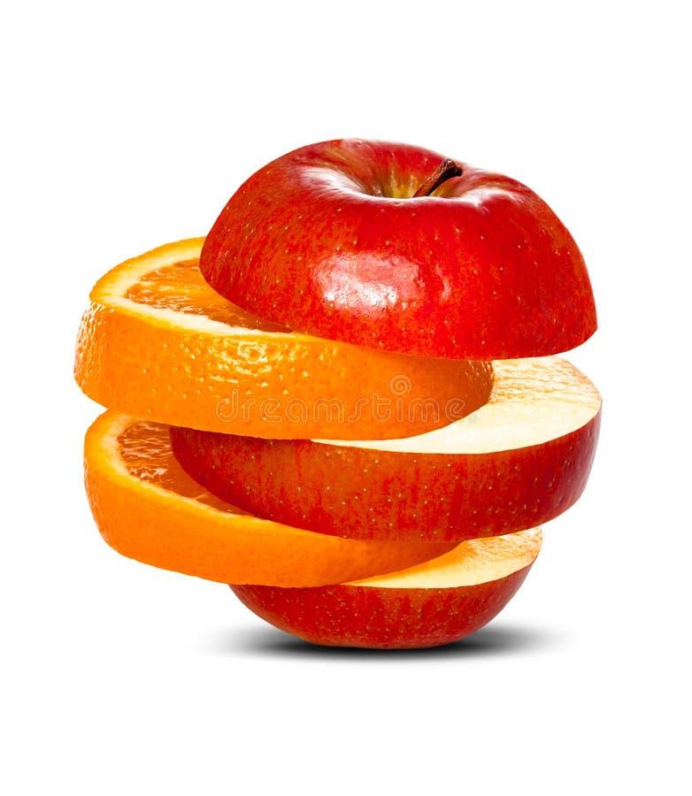 Comparar manzanas a las naranjas foto de archivo