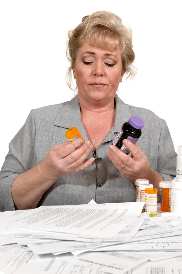 Comparer des drogues à l'alternative photo stock