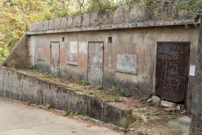 Compartimento britânico abandonado da munição de WW2 Fuga da herança de Wong Nai Chung Gap, Hong Kong imagem de stock royalty free