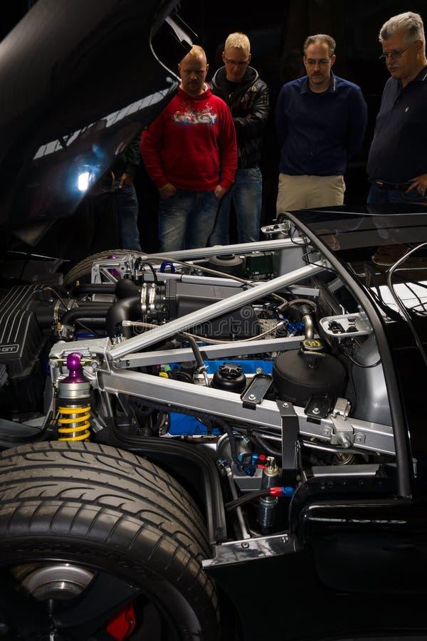 Compartimento de motor de um carro de esportes moderno Ford GT imagem de stock