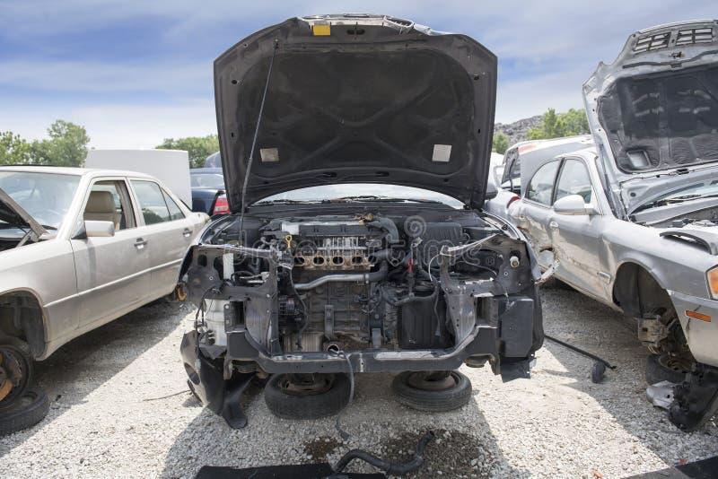 Compartimento de motor que mostra as peças faltantes de um motor imagem de stock royalty free