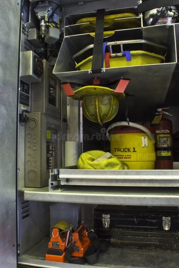 Compartimento del camion dei vigili del fuoco fotografie stock