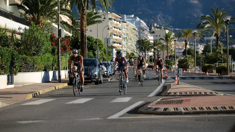 Competência da bicicleta da estrada fotografia de stock