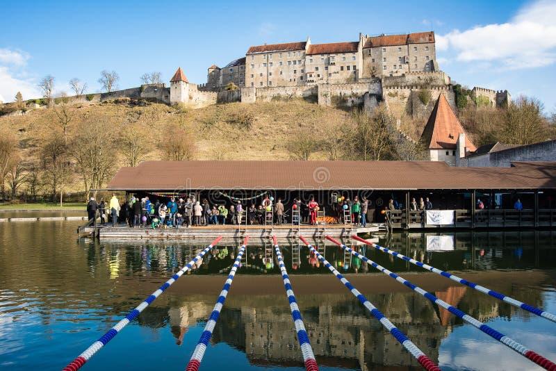 Competencia de la natación en Burghausen, Alemania imágenes de archivo libres de regalías